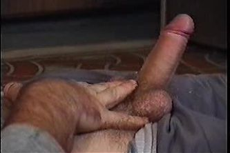 Hairy man shooting cum