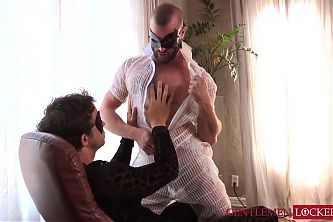 Foot fetish hunk Donnie Argento worships his bearded boss